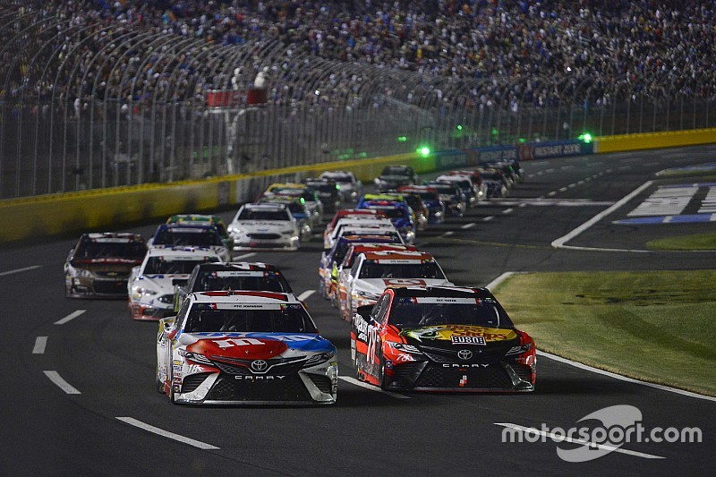 NASCAR considera etapas adicionales para 2018