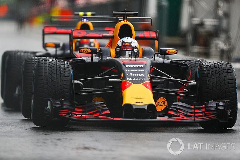 "Ricciardo admits he ""overdrove"" due to Verstappen pressure"