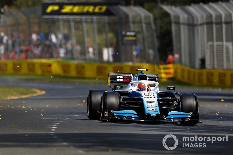 Kubica claims lack of spares forcing him to avoid kerbs