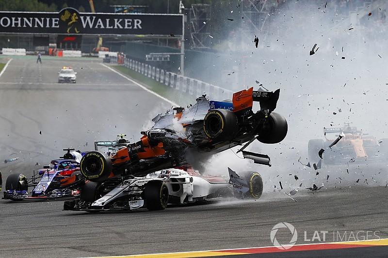 Whiting pense que le pneu d'Alonso aurait heurté la tête de Leclerc
