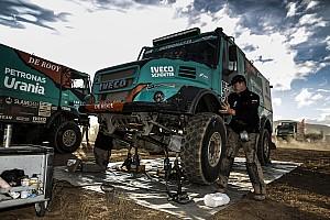 Dakar Breaking news De Rooy relieved to overcome treacherous conditions