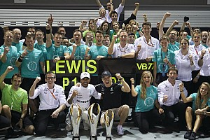 F1 Noticias de última hora Hamilton recordó a Senna mientras corría en Singapur