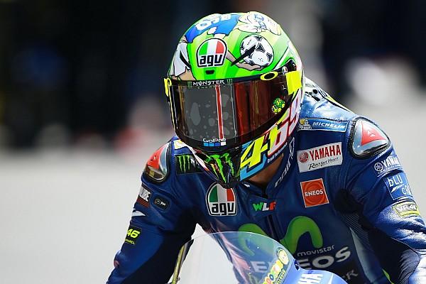 MotoGP Breaking news Keluarga Hayden dapat helm spesial dari Rossi