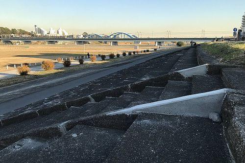 """日本初の常設サーキット『多摩川スピードウェイ』跡地の観客席が取り壊しの危機。保全団体は治水事業との""""両立""""望む"""