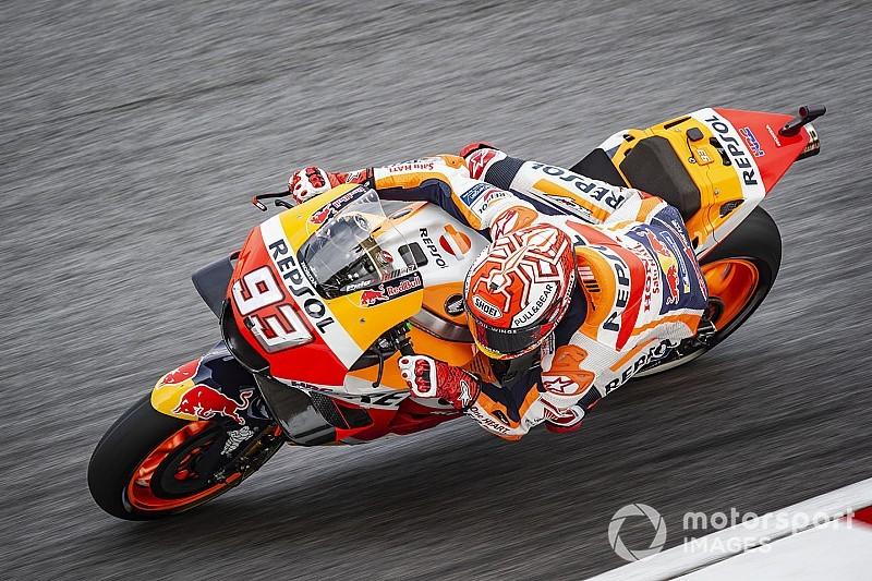 MotoGP Sepang: Yağmurun etkilediği seansta Marquez, kazaya rağmen pole pozisyonunda!