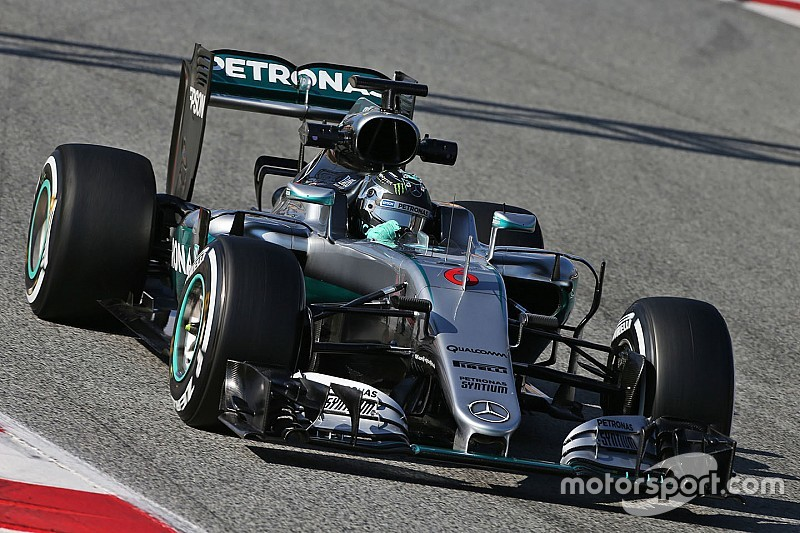 Massa warns of more Mercedes domination in 2016
