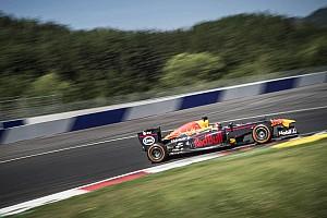 Formula 1 Test Video: Ogier realizza un sogno. Un test con una Red Bull di F.1!