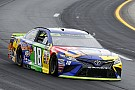 Kyle Busch scores New Hampshire pole over Larson and Hamlin