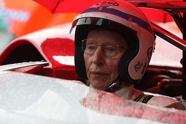 جون سورتيز يفارق الحياة عن 83 عامًا