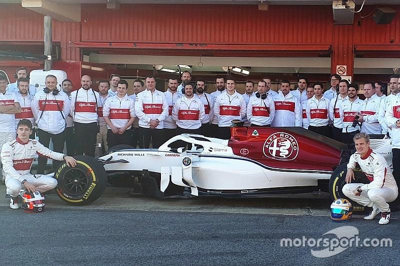 Video: l'Alfa Romeo Sauber C37 è già in pista a Barcellona!