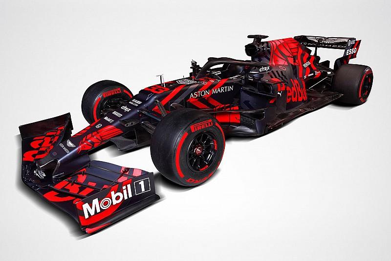 BRÉKING: megmutatta magát a 2019-es Red Bull, az RB15 - micsoda festés?!