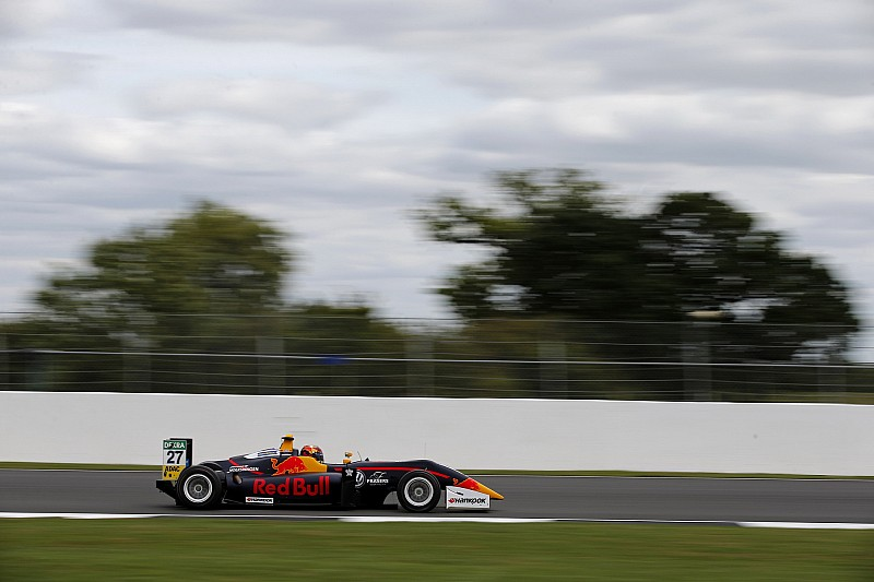 Fantástica victoria de Ticktum en la F3 de Silverstone