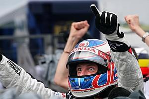Ma 39 éves Jenson Button, 2009 Forma-1 világbajnoka