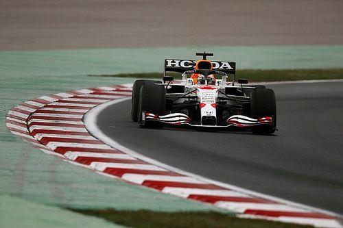 Verstappen : Le plus dur était de rester éveillé !