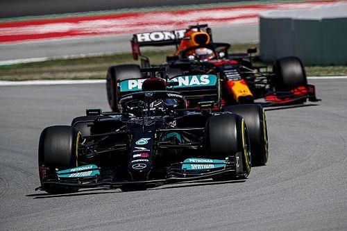 Brown: un choque entre Hamilton y Verstappen es cuestión de tiempo