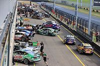 Supercars splits all-in pre-season test