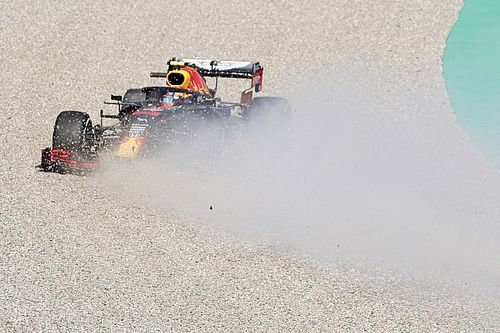 Videón Albon látványos elszállása a Red Bull Ringről