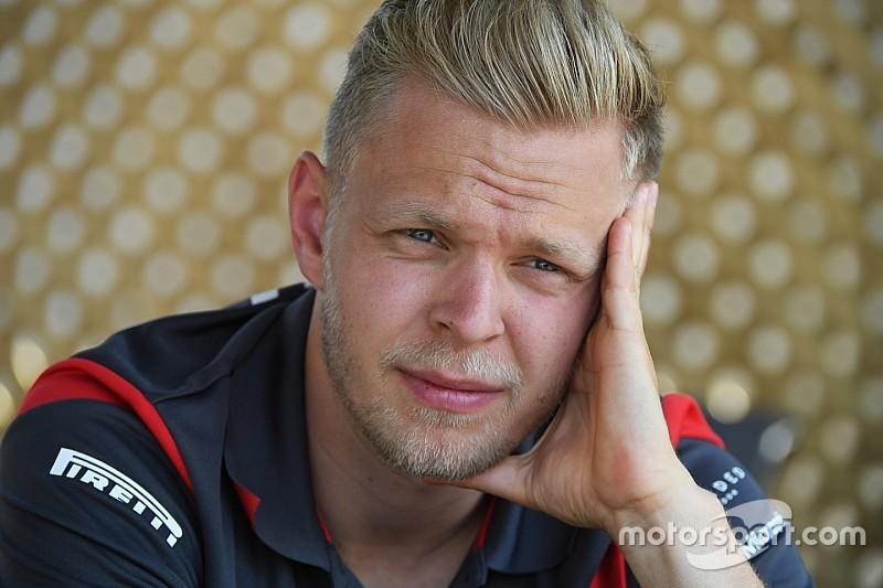 Cláusula del contrato de Magnussen es la causa de que ceda su asiento a Giovinazzi