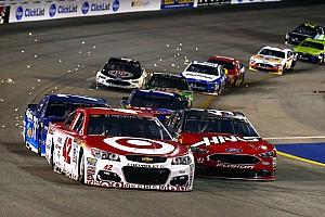 NASCAR Cup Новость Ларсон выиграл последнюю гонку регулярного сезона NASCAR