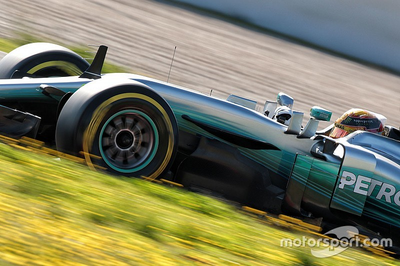 """Hamilton advierte: """"No esperen grandes carreras en 2017"""""""