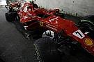 Hamilton nyerte a drámai Szingapúri Nagydíjat, Vettel, Räikkönen és Verstappen is kiesett a rajtnál