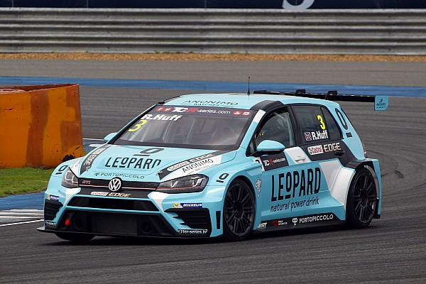 TCR Rob Huff claims pole ahead of teammate Vernay