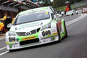 BTCC Race report Brands Hatch BTCC: Austin wins final race, Sutton third