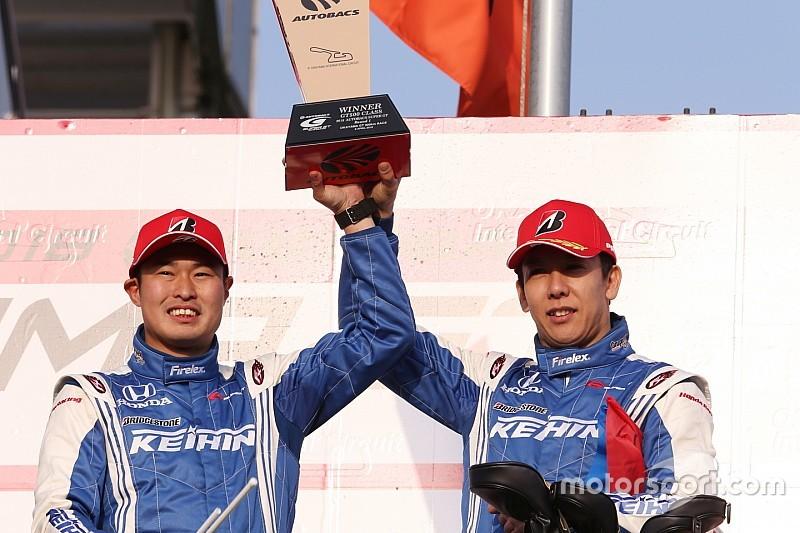 金石勝智監督「勝てそうで勝てないレースが続いたから、本当に嬉しい」