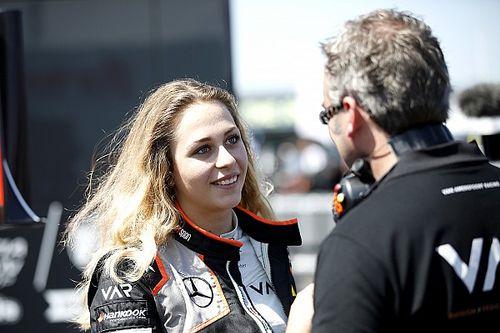 Sophia Floersch se pasa a la Fórmula Regional Europea