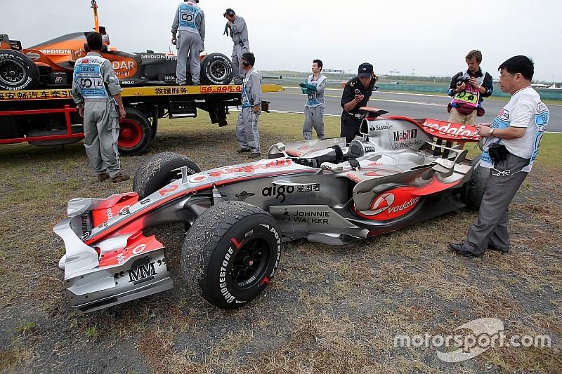 McLaren'in 2007'deki çöküşü Mercedes'in rahatlamasına engel oluyor