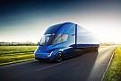 OTOMOBİL Tesla Semi'ın otoyolda 100 km/s üzerinde yol almasını izleyin