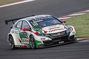 WTCC Noticias de última hora Monteiro, internado bajo observación tras sufrir un accidente en Barcelona