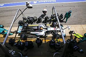 Fórmula 1 Noticias Hamilton no bebió durante la carrera para que el coche pesara menos