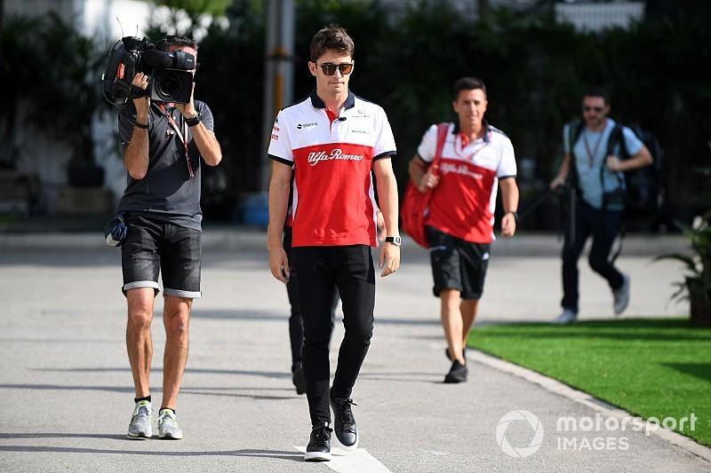 Sainz már várta a Leclerc-Räikkönen cserét a Ferrarinál