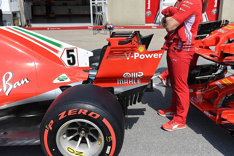 A Ferrari levette a T-szárnyat Kanadára