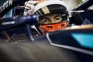 فورمولا 2 فورمولا 2: ألبون يحقق قطب الانطلاق الأوّل في باكو