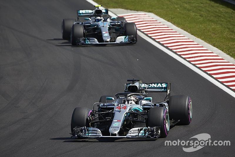Mercedes pertimbangkan team order, Bottas harus bantu Hamilton