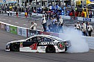 NASCAR Cup NASCAR-Hattrick perfekt: Kevin Harvick siegt auch in Phoenix