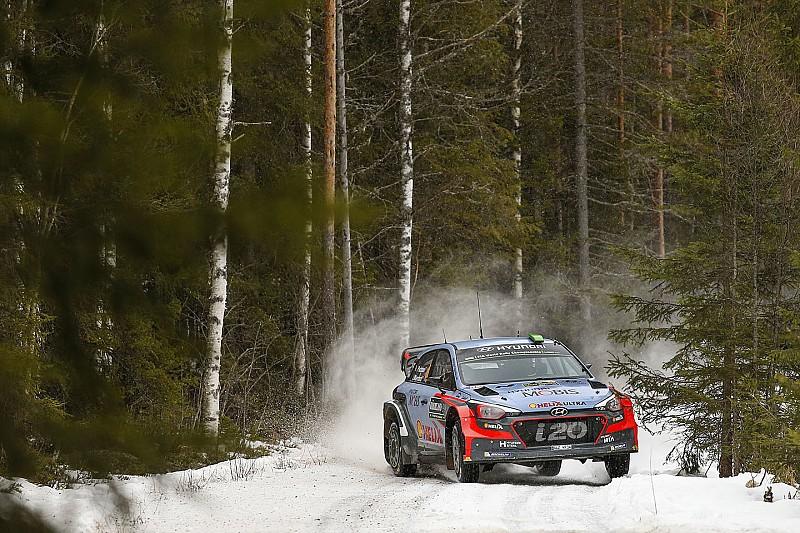 Sweden WRC: Paddon closes the gap on Ogier, Camilli rolls