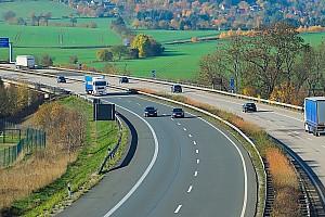 Les autoroutes allemandes bientôt limitées à 130 km/h ?