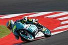 Moto3 VIDEO: Joan Mir evita caer de la moto espectacularmente
