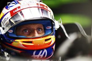 Fórmula 1 Noticias Grosjean insinúa que Hamilton escapó de una sanción porque pelea el título