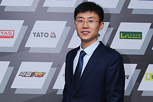 """中国F4 采访 F4中国赛""""掌门人""""王峰:向国际出发"""