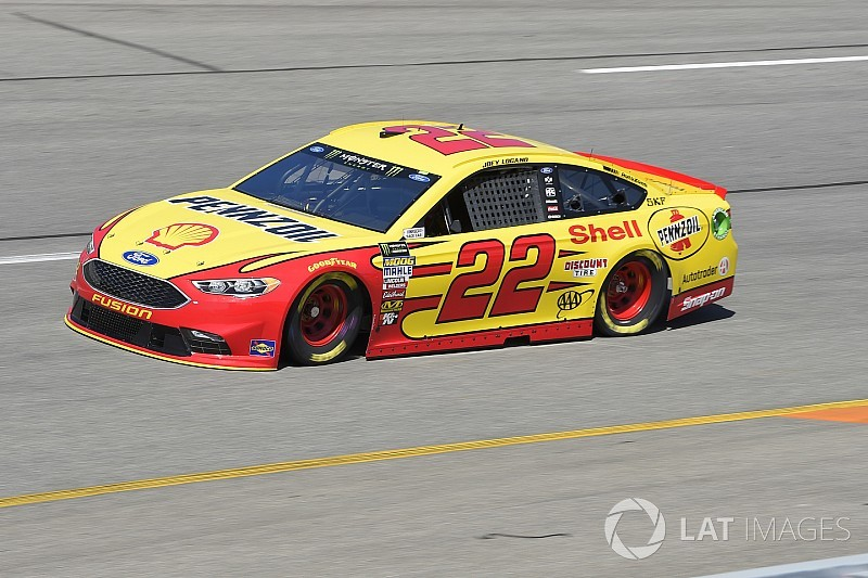 Joey Logano passes Bowyer to win Stage 2 at Richmond