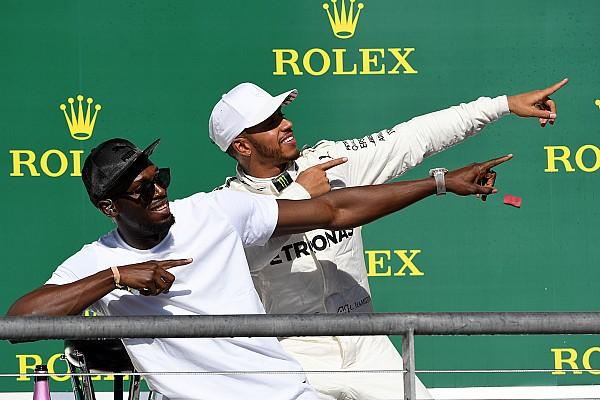 F1 La historia detrás de la foto: Hamilton hace el 'Lightning Bolt'