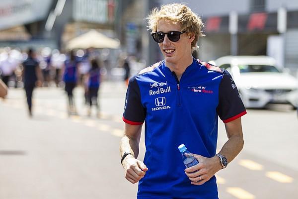 Hartley niega que su asiento en Toro Rosso esté en peligro