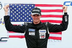 Double Champion, il remporte 27 victoires en 31 courses