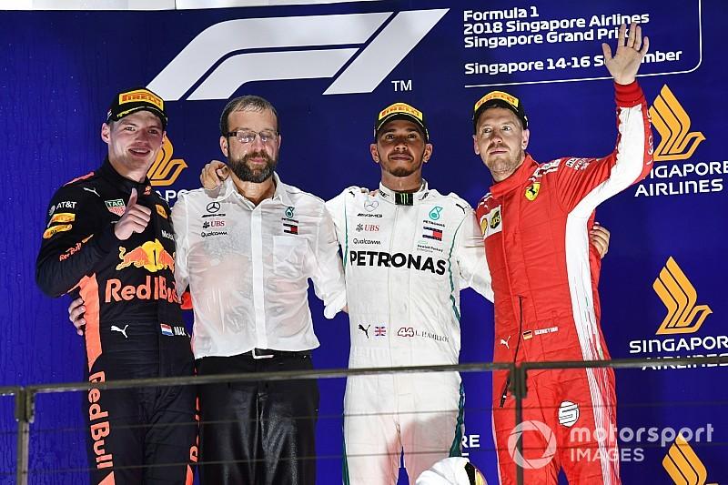 Гран Прі Сінгапуру: Хемілтон впевнено став переможцем гонки