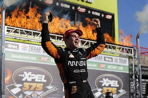 Texas IndyCar: O'Ward ilk zaferini kazandı