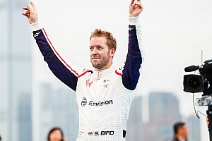 香港E-Prix:伯德受罚,莫塔拉为Venturi收获首胜